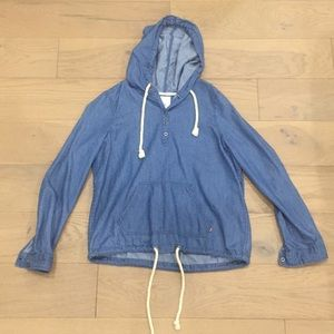 Drawstring Levi's Hoodie | Medium Wash